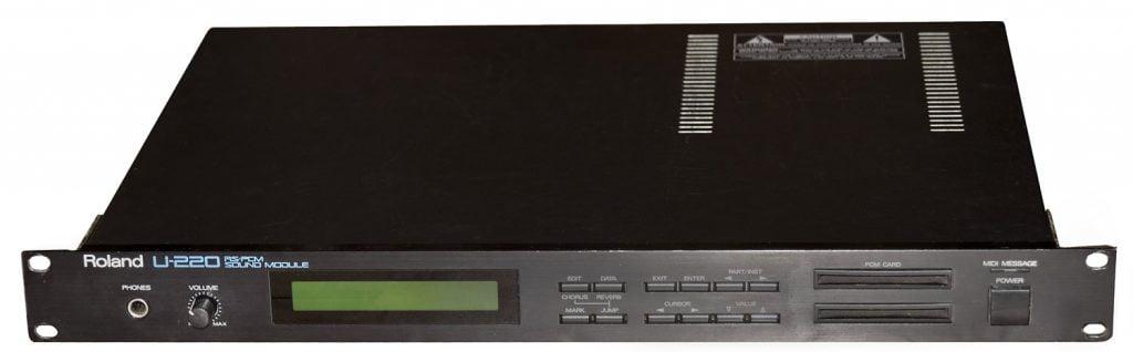 Roland U220