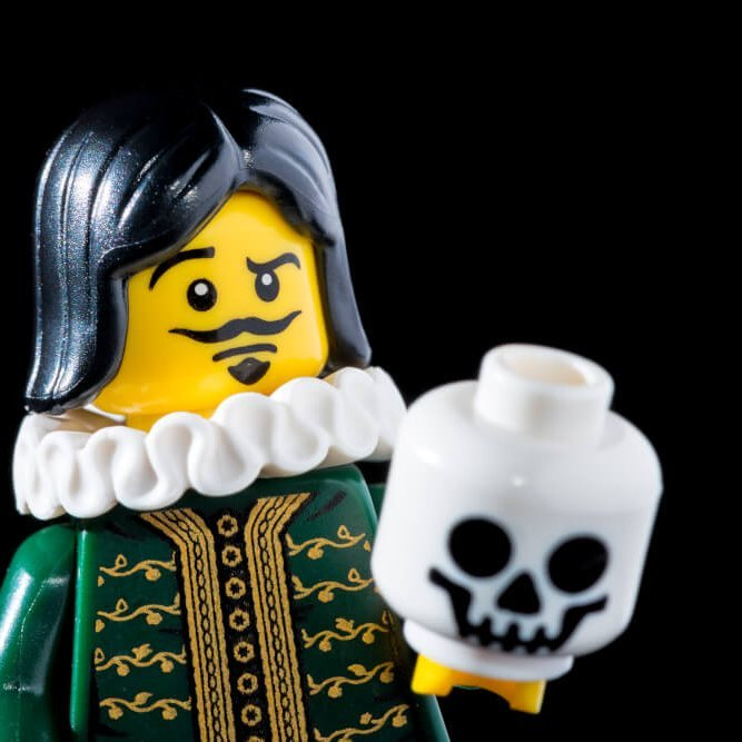 To be or not to be en lego